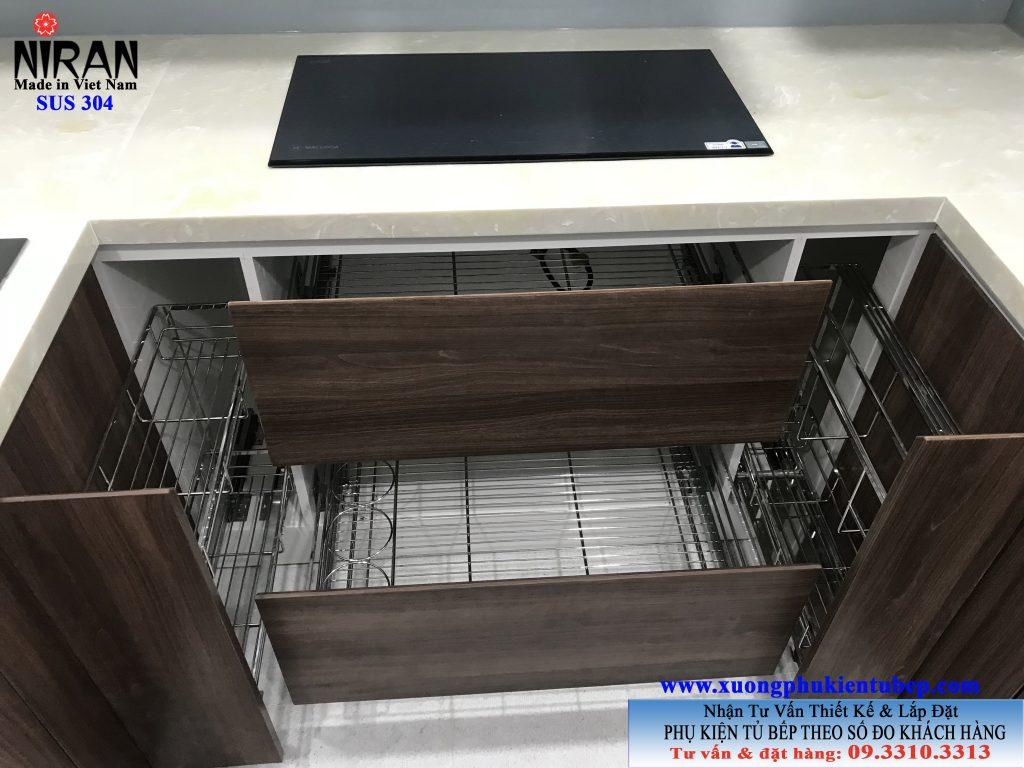 Hình ảnh phụ kiện tủ bếp Niran inox 304 nhà Chị Loan Chung cư Kingston