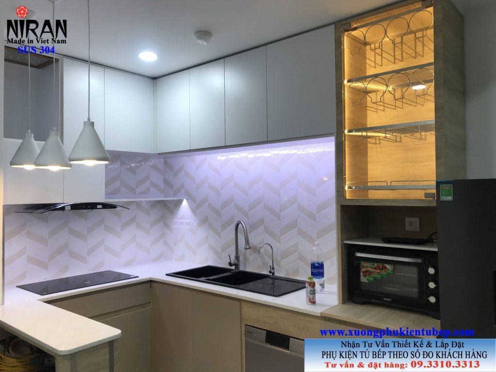 Phụ kiện tủ bếp inox 304 Niran nhà Cô Thu CC Botanica Q.Tân Bình