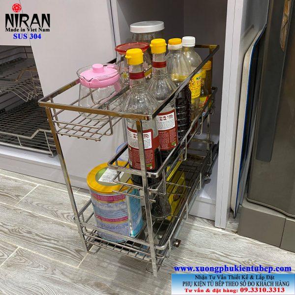 Giá để gia vị trong tủ bếp